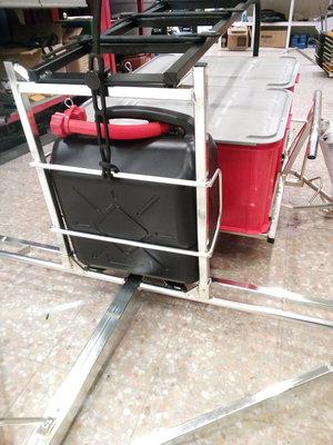 3.  XL75 kälke lössnö för 20L plastdunk